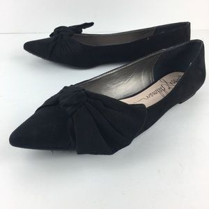 libby. edelman Shoes - Libby Edelman Black Pointy Flats with Bows